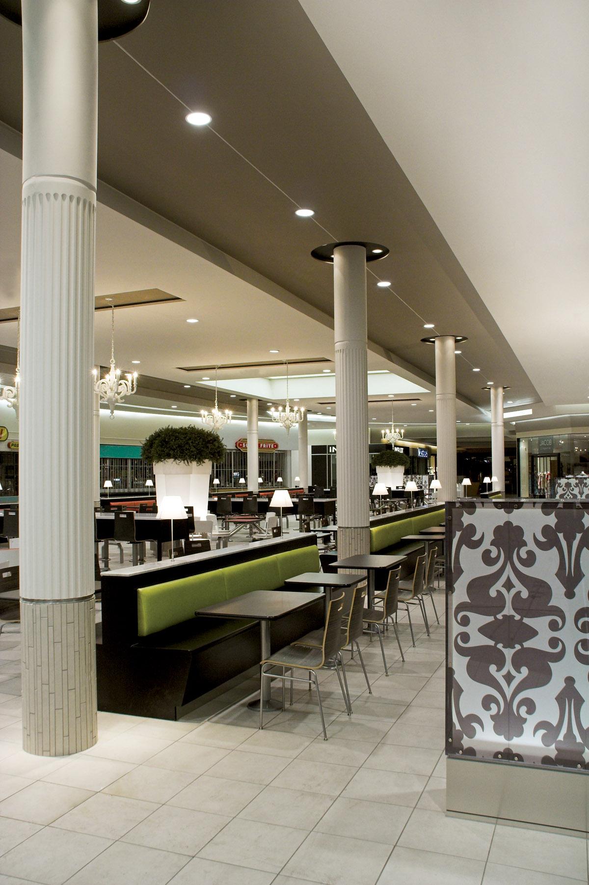 Place D Orleans Food Court
